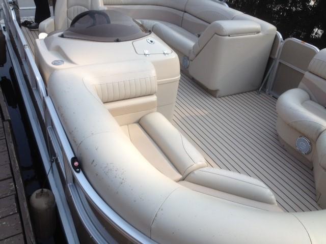 Superb Pontoon Boat Restoration Top Flooring Choices Alphanode Cool Chair Designs And Ideas Alphanodeonline
